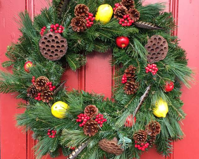New this Season! Classic Colonial Style Christmas Wreath